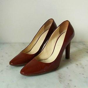 MIU MUI - caramel patent leather heels